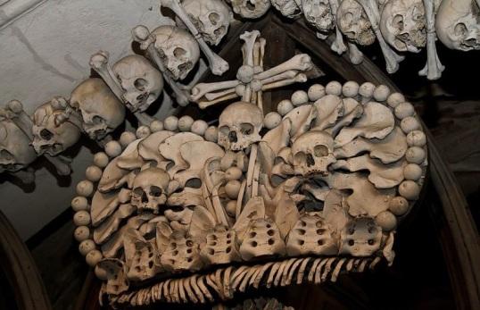 osario de sedlec huesos